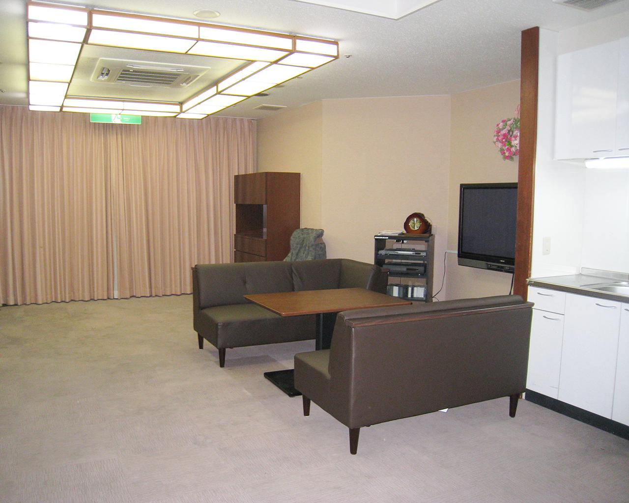 泉北園百寿荘の2階ラウンジ
